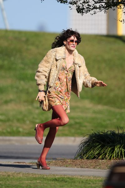 EXCLUSIVE: Jared Leto finds high heels a drag on the set of 'Dallas Buyers Club' in New Orleans