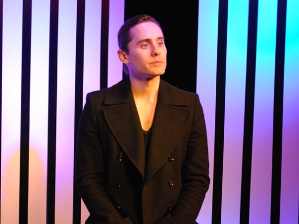 Jared_Leto_IV_30_seconds_to_mars_2_608x456