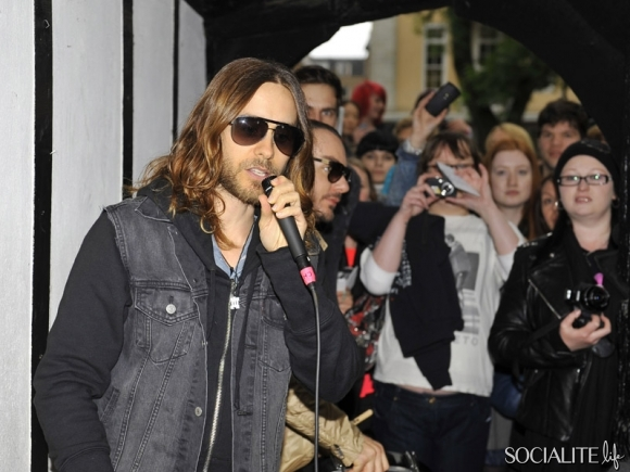 jared-leto-30-seconds-2-05302013-01-580x435
