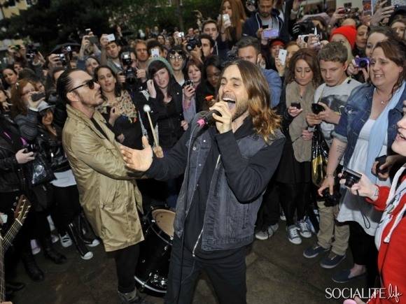 jared-leto-30-seconds-2-05302013-08-580x435
