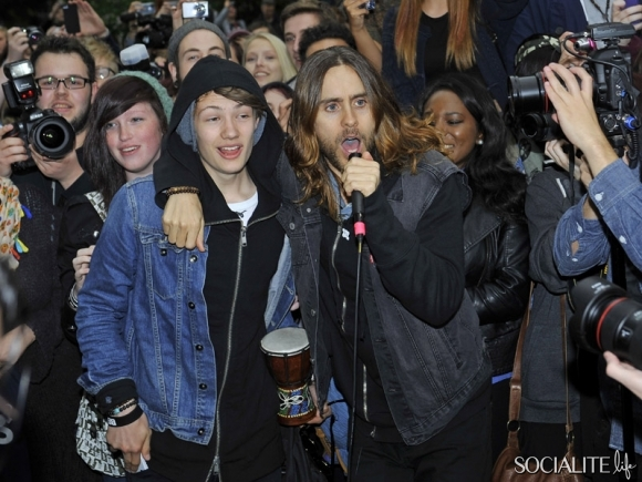 jared-leto-30-seconds-2-05302013-10-580x435