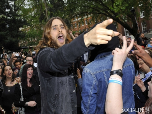 jared-leto-30-seconds-2-05302013-13-580x435